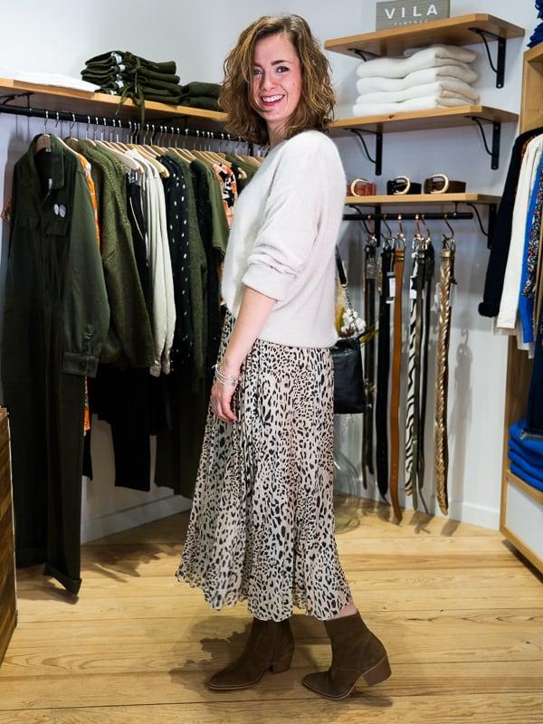 Jupe longue plissée léopard Pipelettes Talence vue profil