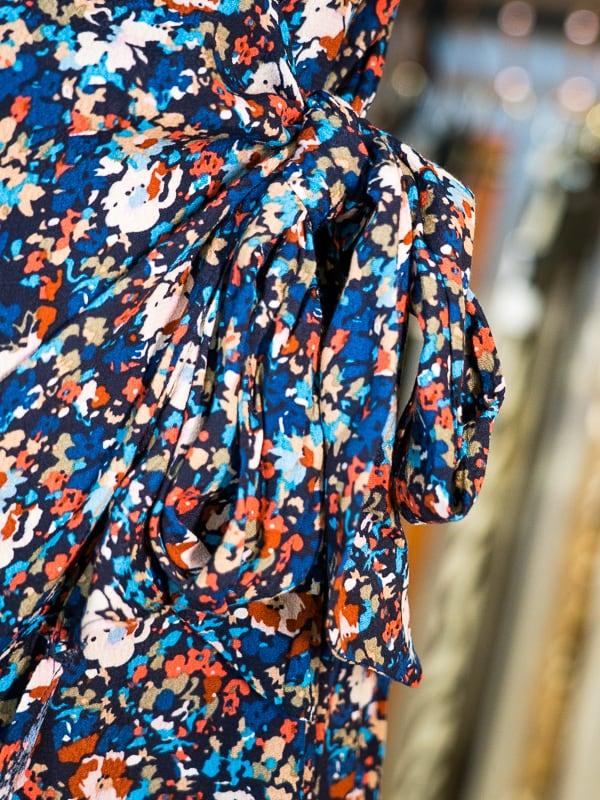 Robe cache coeur fleurie clyde bleu Les Pipelettes Talence zoom2