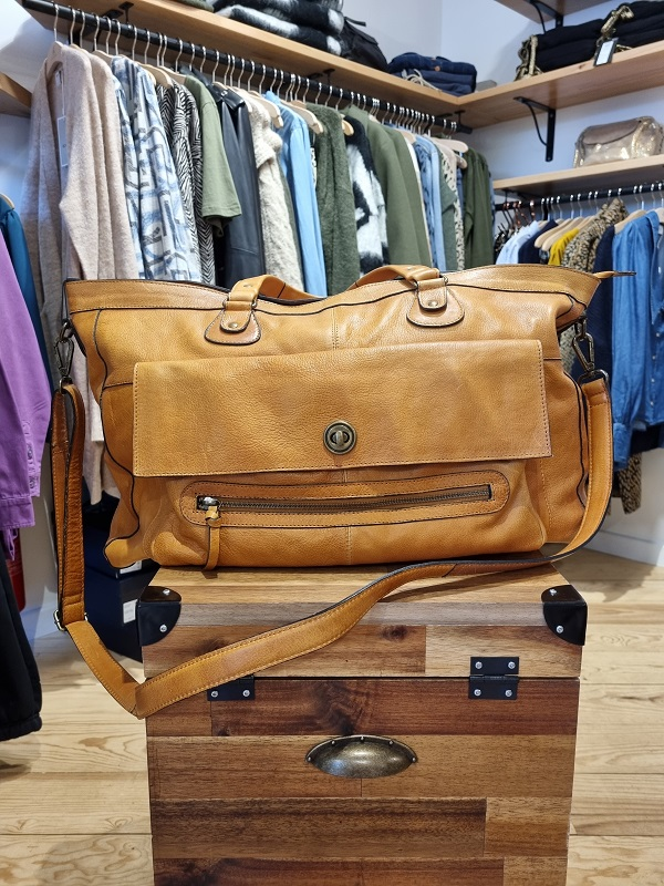 TOTALLY SAC 48h Pieces cognac les pipelettes talence zoom